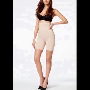 NWT SPANX Higher Power Shorts Nude Small